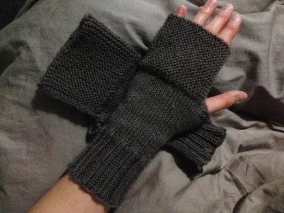 Camp Out Fingerless Mitts - Short Version