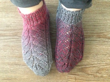 """Pinky"" socks grey to red colour changing yarn"